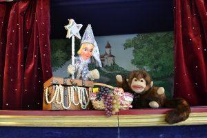 Puppentheater Fee Glitterflitter und Affe Wuselpusel